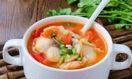 辣白菜鱼片汤 温胃消食