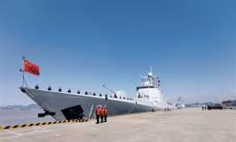 海军第35批护航编队启航赴亚丁湾